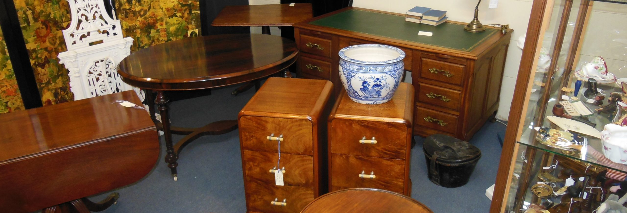 Camberwell-Antique-Centre-Furniture-Desk-Table-Pottery-scaled