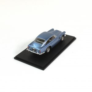 Aston Martin DB4 Series-3 SPARK