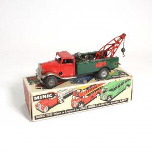 MinicTriang Breakdown Lorry UK circa. 1950s
