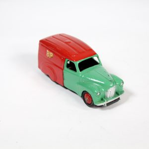 Dinky Toys 470 Shell-BP Austin A40 1954