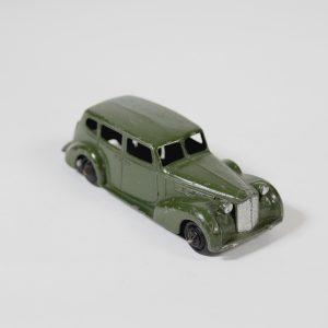 Dinky Toys 39a Packard Super 8 Tourer 1947-50