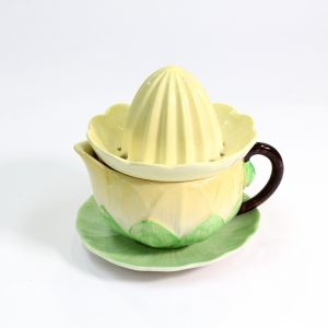 "Carlton Ware ""Water Lily"" Juicer"