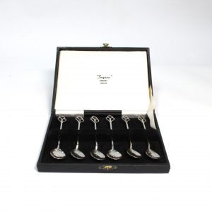 Boxed set of Sterlin Silver Tea Spoons Sarigon