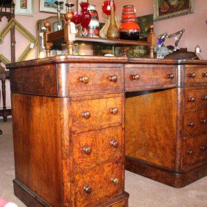 Fine Quality Victorian Burr Walnut Pedestal Desk circa. 1870