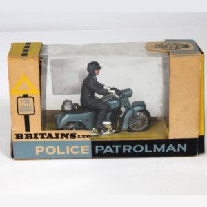 Britains Ltd 9697 Police Patrolman Motorbike