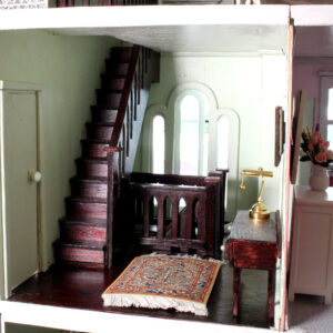 Dolls House 9 rooms